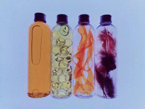 Botellas sensoriales mesa de lu