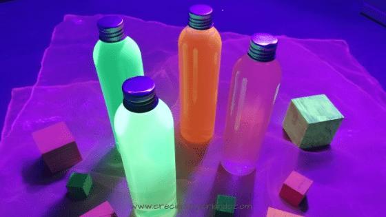 botellas sensoriales mesa de luz