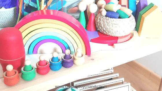 Juguetes alternativos DIY creciendo y criando