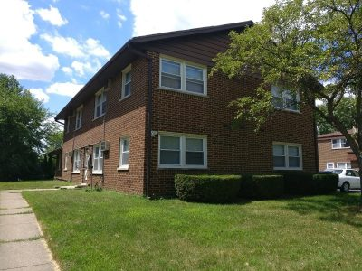 IMG_20180718_135321 Apartment Building For Sale 109 S Whispering Hills Dr Naperville IL 60540