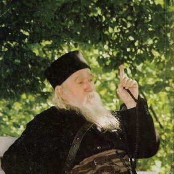 Rolul femeii în familie, societate şi Biserică - ne vorbeste Parintele Cleopa Ilie - www.credinta-ortodoxa.com