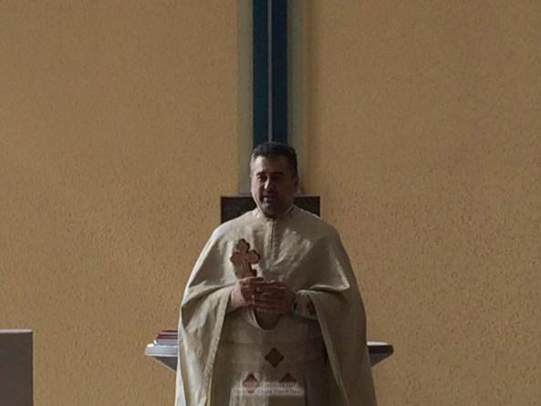 "Pfarrer Vasile Florin Reut: ""Im Himmel gibt es nur einen Gott!"" * www.credinta-ortodoxa.com"