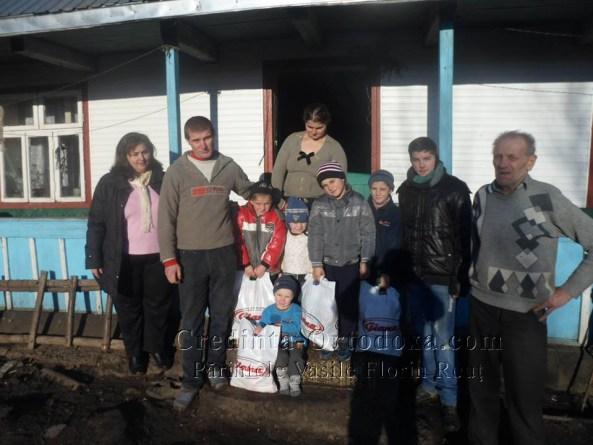 Daruind vei dobandi - Actiunea noastra din satul Sfantu Ilie si comuna Stroiesti, judetul Suceava * www.credinta-ortodoxa.com