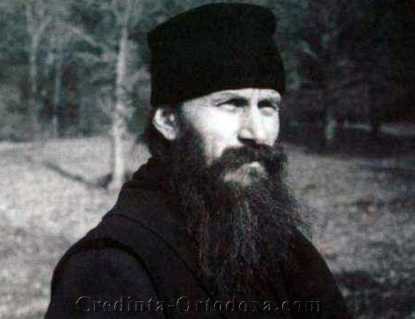MI-E DOR DE CER, MI-E DOR DE VESNICIE, MI-E DOR DE IISUS… Tanarul parinte Ioanichie Balan, in 1955 – tanguire duhovniceasca de Craciun