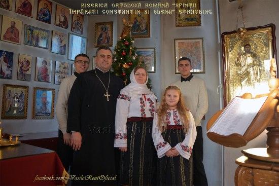 """Familia Părintelui Reuţ Vă doreşte tuturor """"La Mulţi Şi Fericiţi Ani Binecuvântaţi!"""""""
