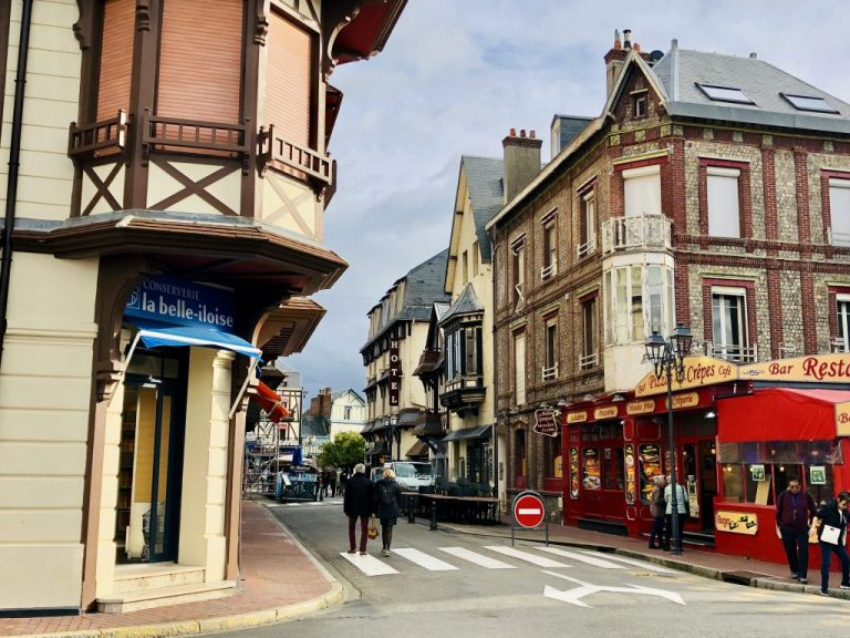 Town of Etretat