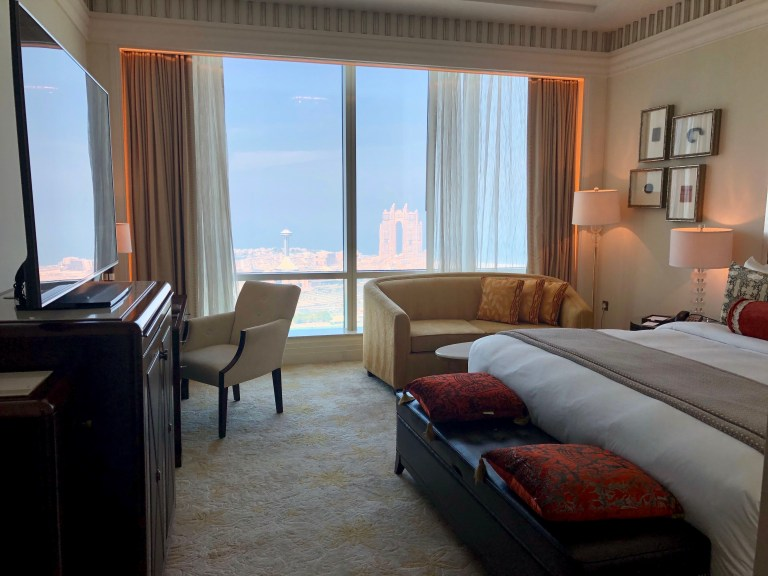 St. Regis Abu Dhabi Sea View Room