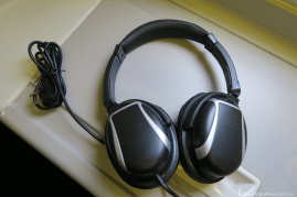British Airways Business Class Noise-Cancelling Headphones