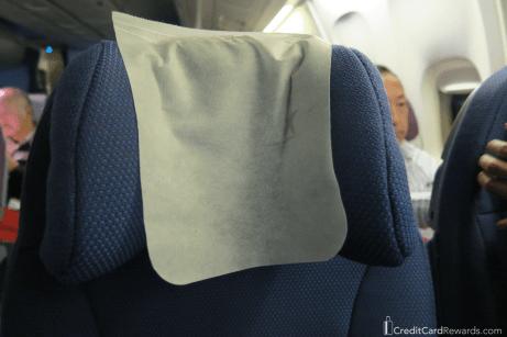 LATAM 767 economy adjustable headrest