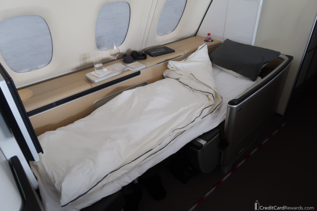 Lufthansa First Class Bed - Super Comfy