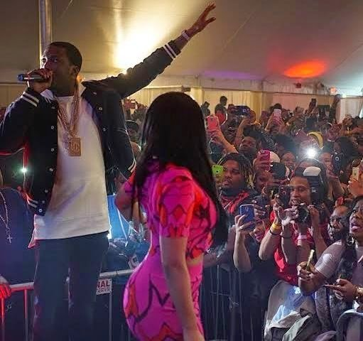 Meek Mill and Nicki Minaj perform on stage together