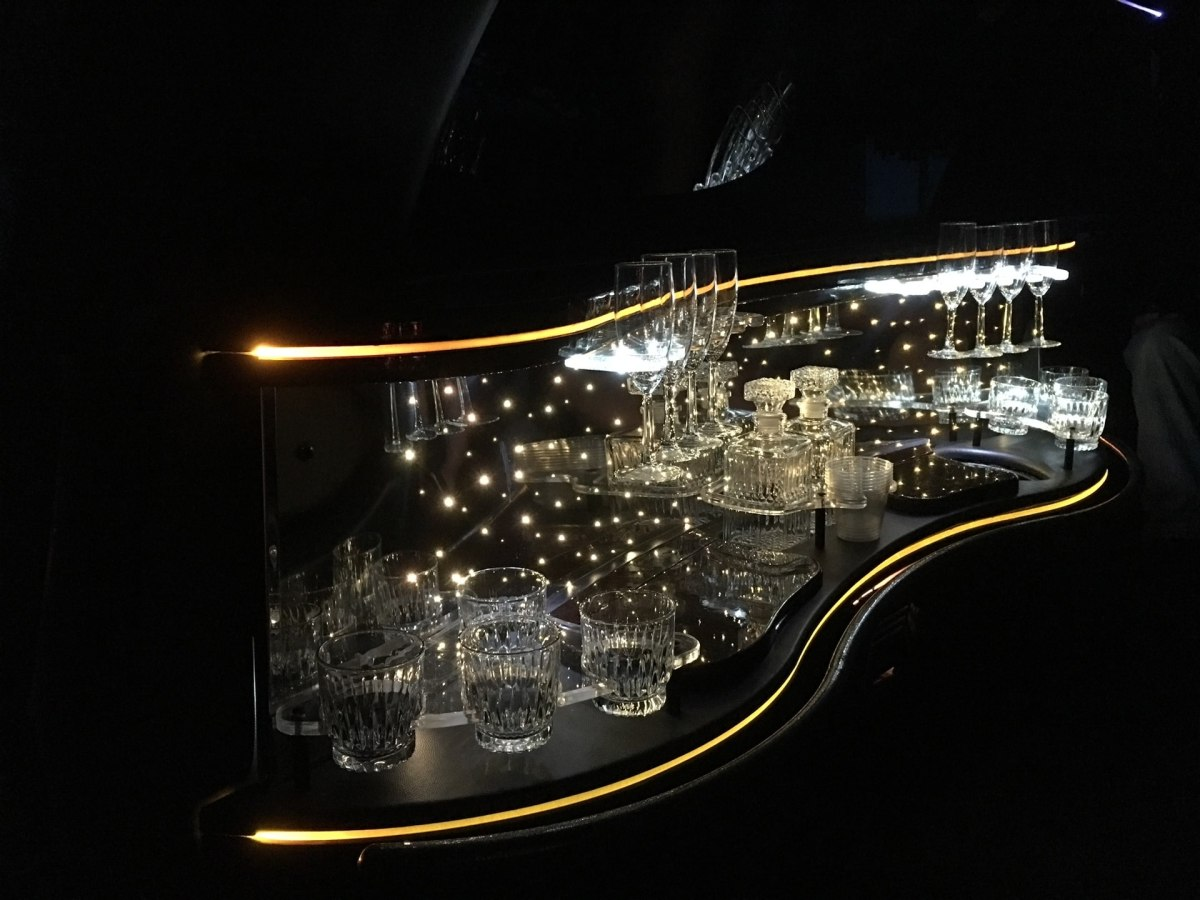 limo services and wine tasting