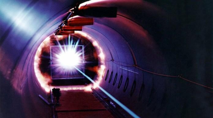 Laser, foto generica da Pixabay