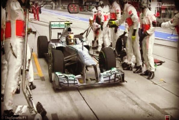 Hamilton fail pit stop malaysia 2013