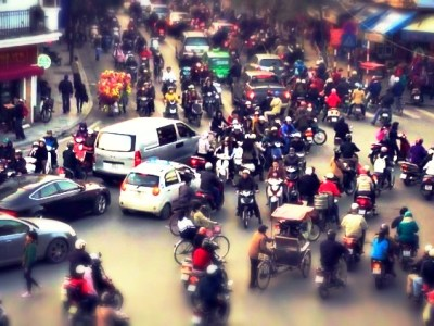 most-insane-traffic-vietnam