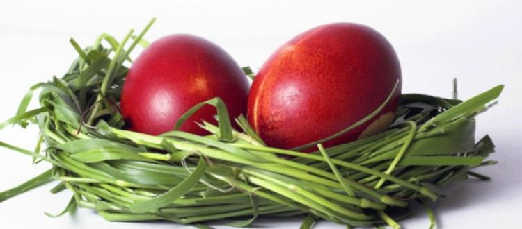 Γιατί βάφουμε τα αυγά κόκκινα