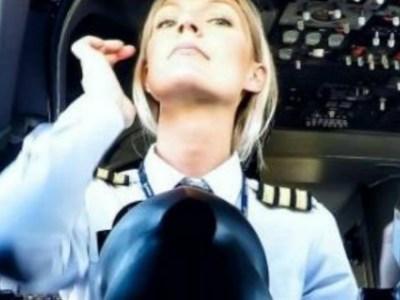 Η ξανθιά πιλότος που απογειώνει το Instagram