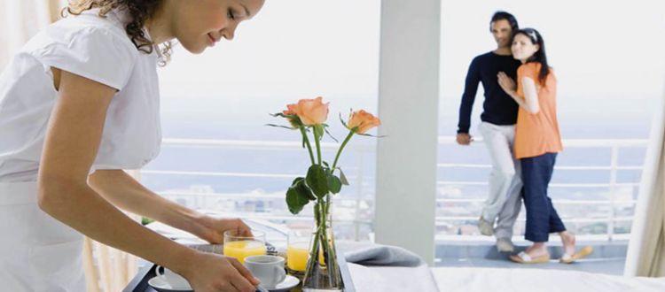 Ρεκόρ εργαζομένων στον τουρισμό
