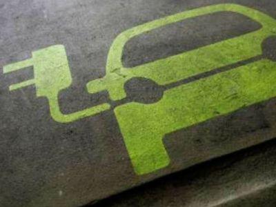 Επενδύσεις δισ. ευρώ για μπαταρίες ιόντων λιθίου