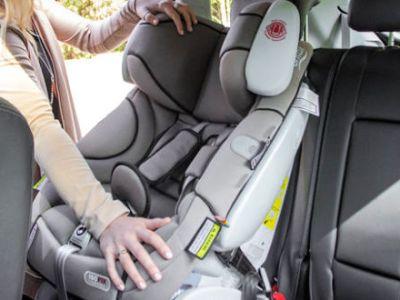 Πόσο ασφαλή είναι τα παιδιά στο παιδικό κάθισμα