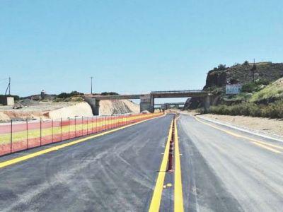 Ολοκληρώνονται οδικά έργα βαλτωμένα από το 2012