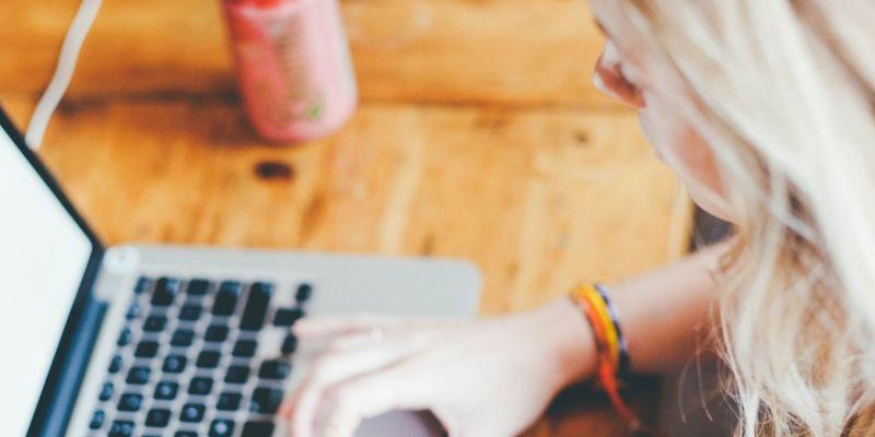 Πώς να βγάλετε χρήματα σερφάροντας στο Ίντερνετ;