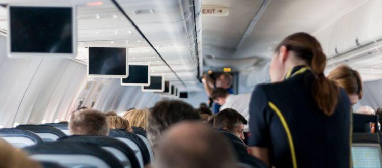 Οι αεροπορικές με τις ομορφότερες αεροσυνοδούς