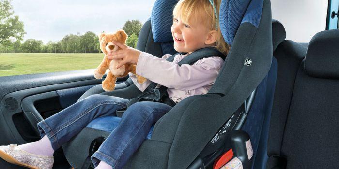 Είναι ασφαλή τα παιδιά στο παιδικό κάθισμα;