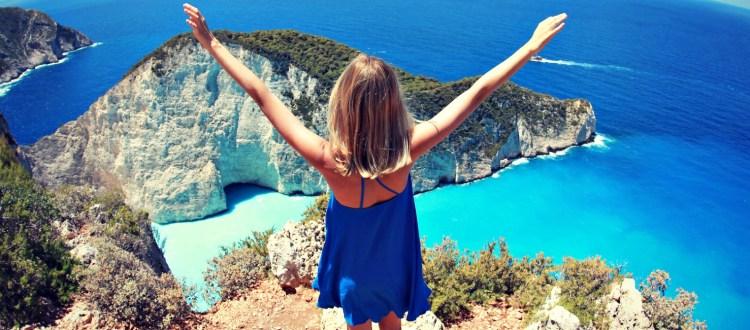 Ύμνοι από το Buzzfeed για ελληνικές παραλίες