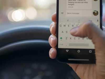 Κάμερες πιάνουν όσους οδηγούν με κινητό
