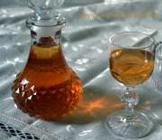 Λικέρ κυδώνι-μήλο με ρακή ή με κρασί