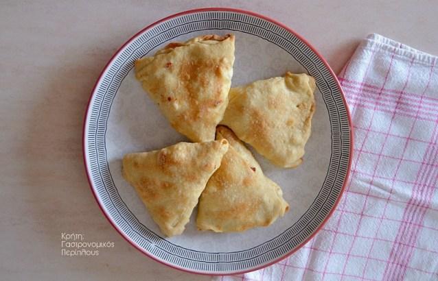 Πίτες φούρνου με εύκολο, αέρινο φύλλο (χωρίς πλάστη)