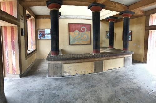 Knossos Frescoes Room