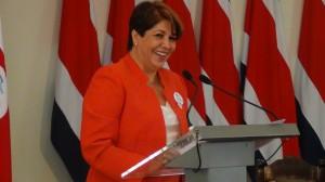 Presidenta Ejecutiva de la CCSS Ileana Balmaceda.