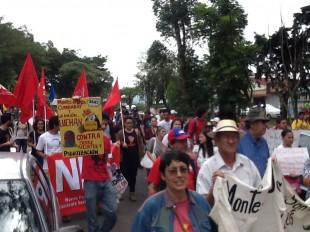 Para el Informe, Costa Rica vive una división entre quienes ven un país en declive y otro excepcional. (CRH)