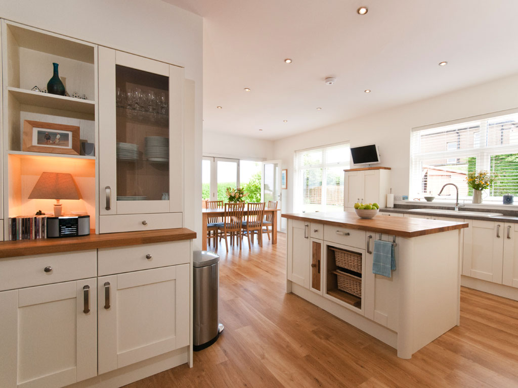 extensive fully equipped kitchen