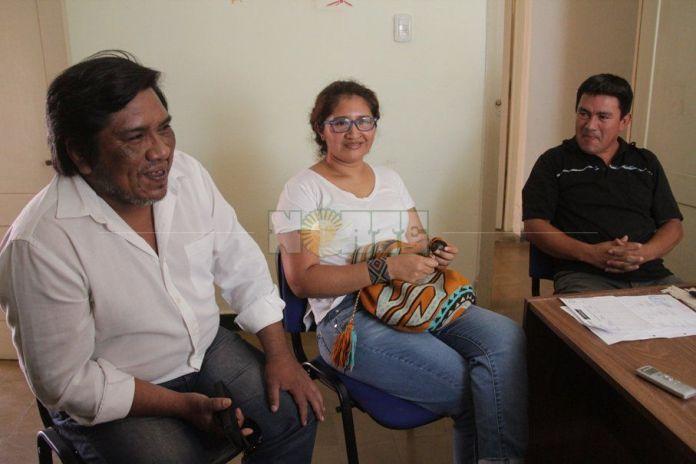 Claudio Largo, Bashe Charole y Juan Chico son parte de la organización de este Festival de Cine Indígena. Foto Miguel Romero