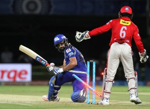 Mumbai Indians v Kings XI Punjab