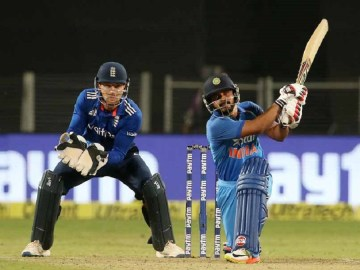 India vs England 1st ODI Scorecard, Pune 2017