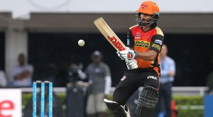 48th Match: Shikhar Dhawan takes Sunrisers to comfortable seven-wicket win over Mumbai Indians