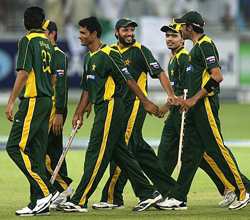 Pakistan Team, Afridi, Razzaq, Umar Gul, Fawad Alam