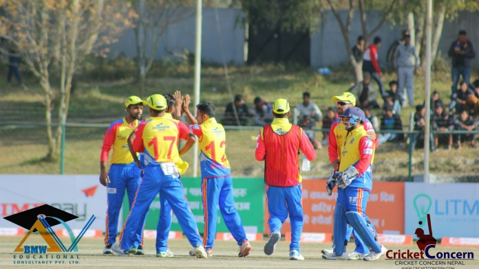 Aarif and Sharad preserve the match for Gladiators