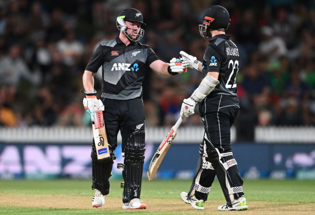 Pakistan Gets Beaten By New Zealand in 2nd T20