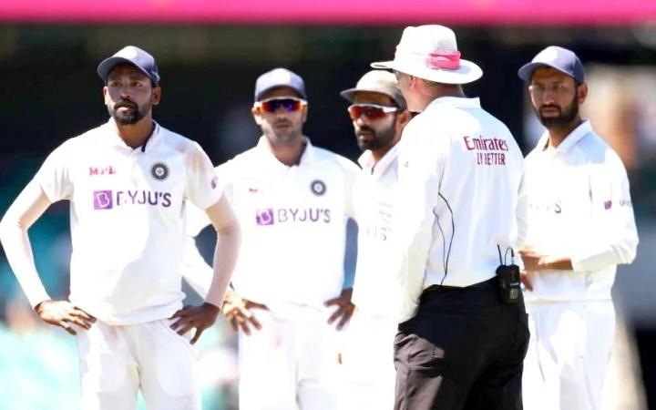 Umpires Offered to Leave Sydney Test