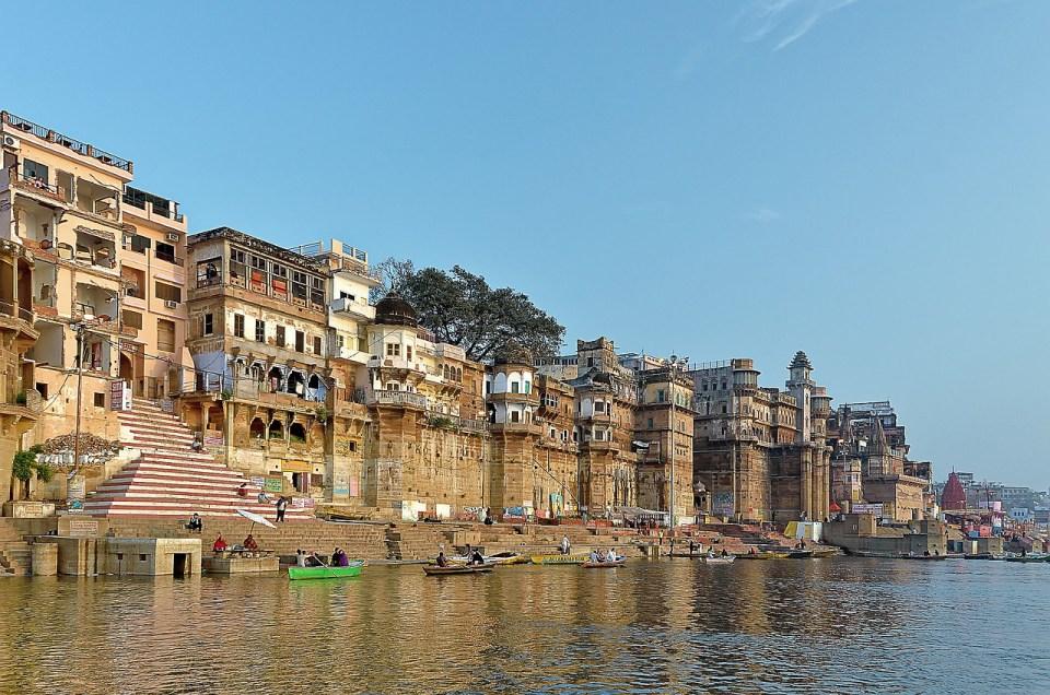 varanasi ghats image by pixabay