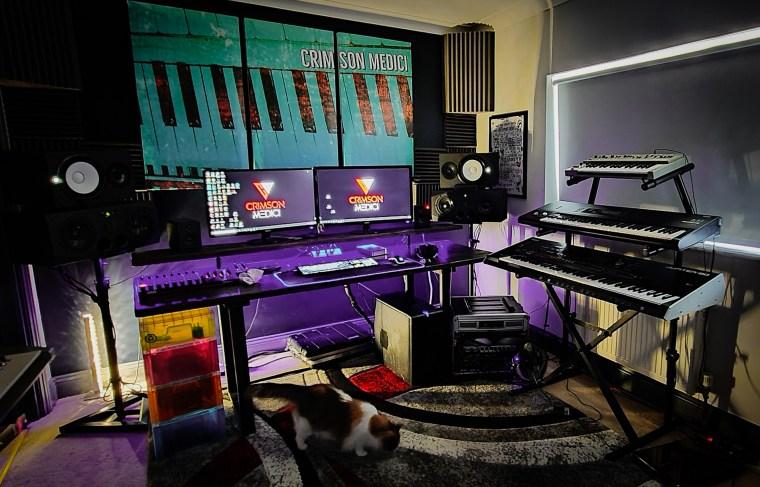 Crimson Medici Studio