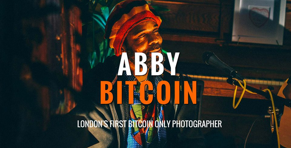 Abby Scarlet: la primera fotógrafa londinense que acepta pagos solo en Bitcoins