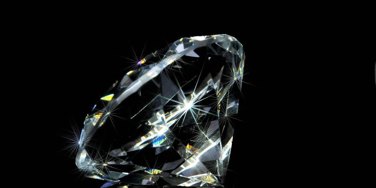 Cómo la Blockchain puede cuidar tus diamantes