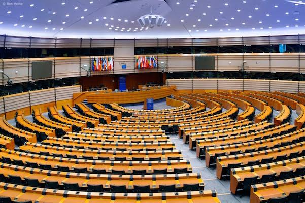 Parlamento Europeo discutirá el día de hoy regulación para criptomonedas