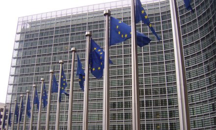 Comisión Europea propone creación de una base de datos de usuarios bitcoins